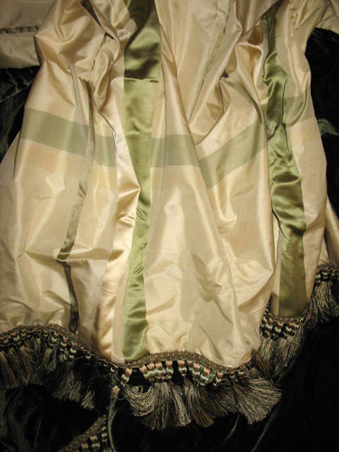Large Plaid Silk Dupioni in Piccadilly Circus in Ivory & Moss backed in Sunset Strip Silk Velvet in Empress Green and finished in Coda Trim in Green & Gold